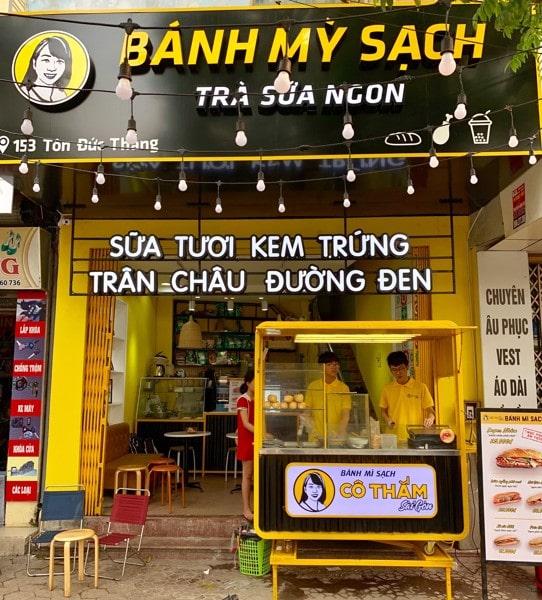 Cửa hàng bánh mì và trà sữa Cô Thắm Sài Gòn