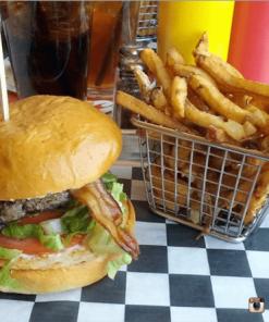 Burgers luôn tươi ngon