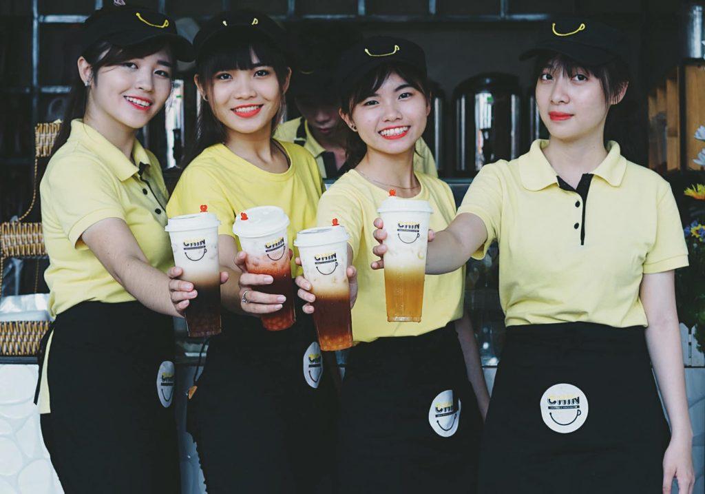 Đội ngũ nhân viên của trà sữa Chin