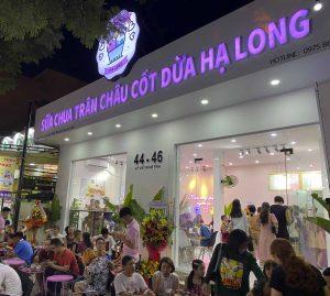 Cua-hang-sua-chua-tran-chau-cot-dua-ha-long